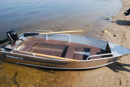 Winboat 38