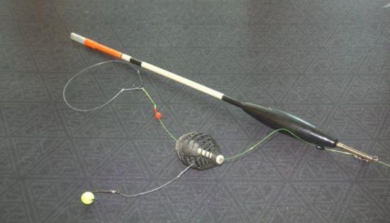 добавление крючка с пенопластовым шариком
