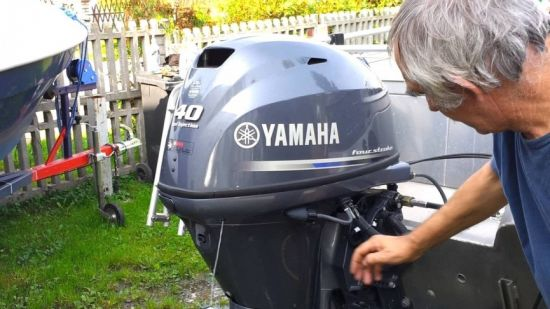 YAMAHA F JET 40