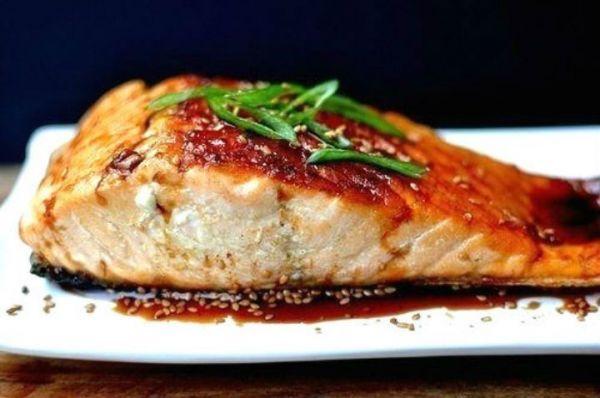 Рыба с соевым соусом и кунжутом