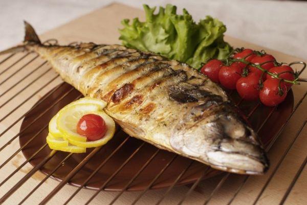 рыба с помидорами чери