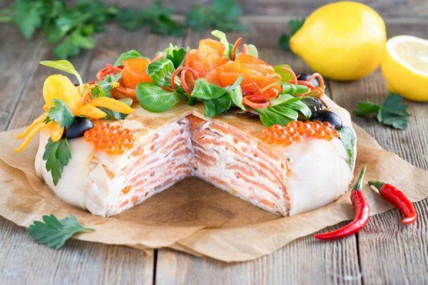 Слоеный рыбный пирог