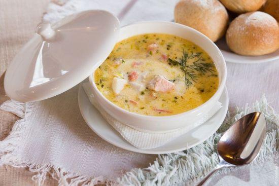 суп и булочки