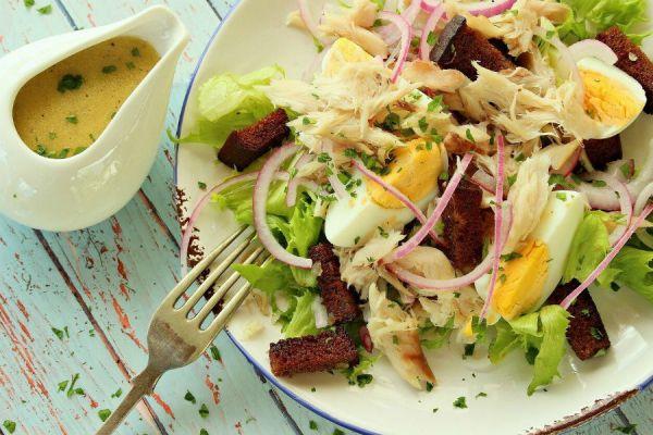 салат с соусом