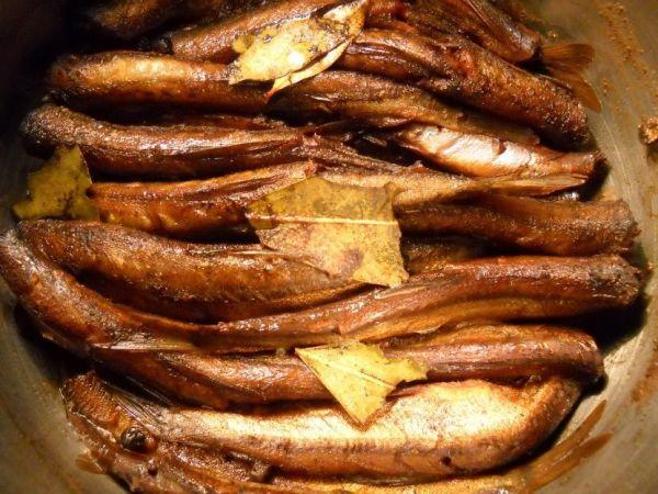 рыба с лавровым листом