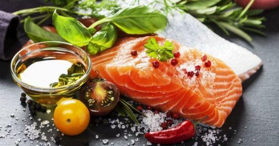 рыба с перцем и зеленью