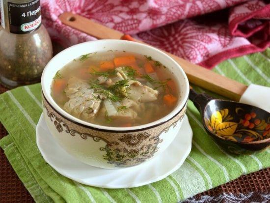 суп в расписной тарелке
