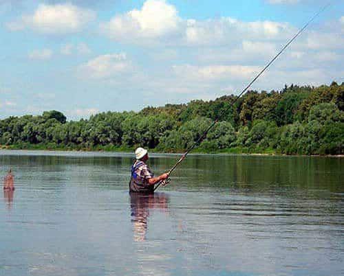 Рыбак с болонской удочкой