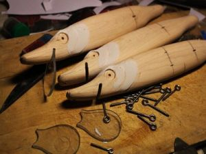 Чертежи и эскизы самодельных воблеров на щуку, изготовление приманок из дерева в домашних условиях своими руками